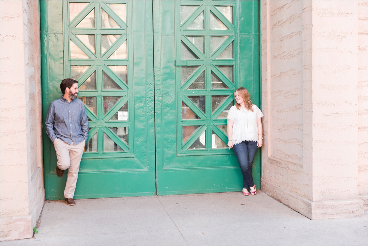 Engagement shoot at the Palace of Fine Arts in San Francisco. Photos by Briana Calderon Photography based in the SF Bay Area in California.