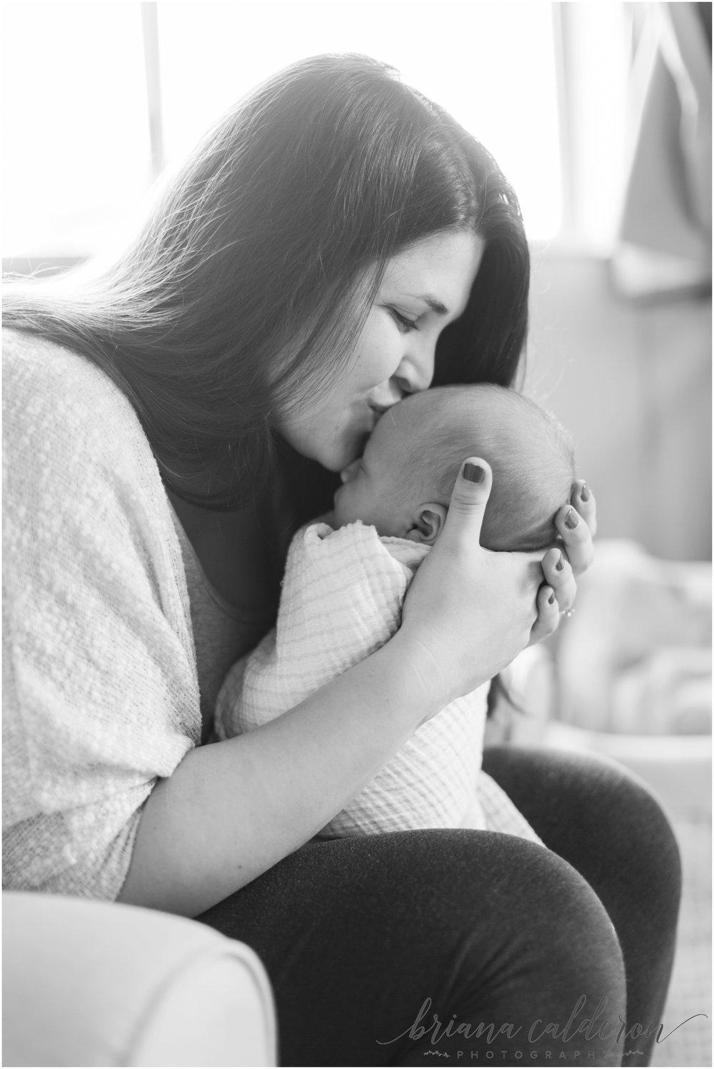 Lifestyle newborn photos by Briana Calderon Photography_0982.jpg