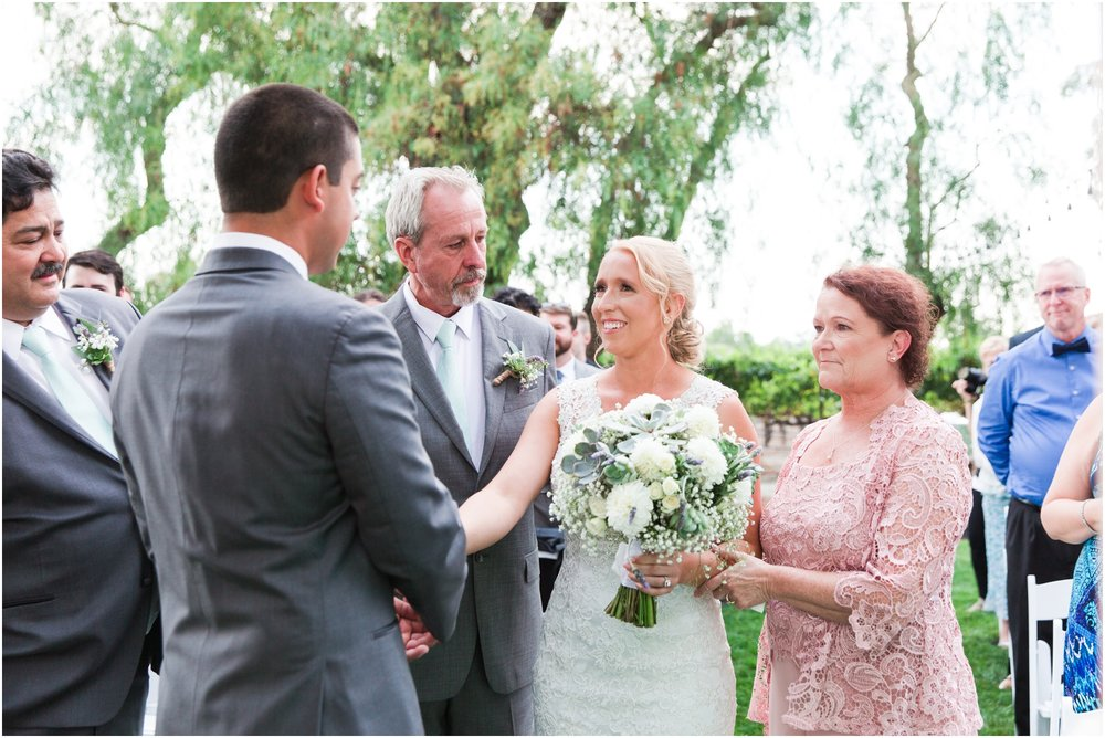 Retzlaff Winery wedding pictures by Briana Calderon Photography_2309.jpg