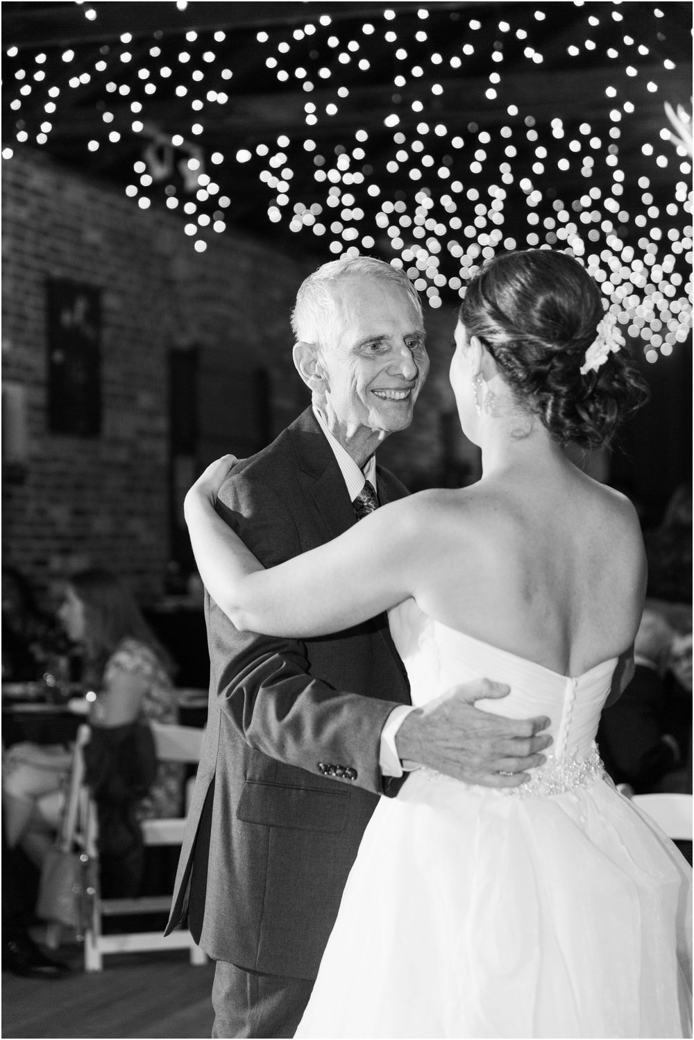 Picchetti Winery wedding pictures by Briana Calderon Photography_0505.jpg