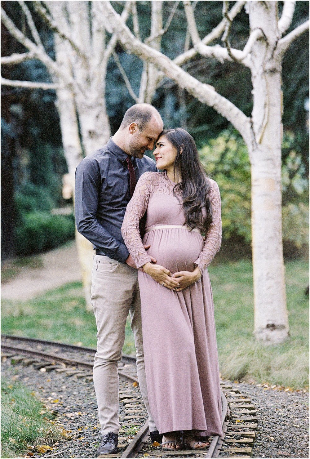 Maternity photos.  Briana Calderon Photography based in Tacoma, WA_0609.jpg