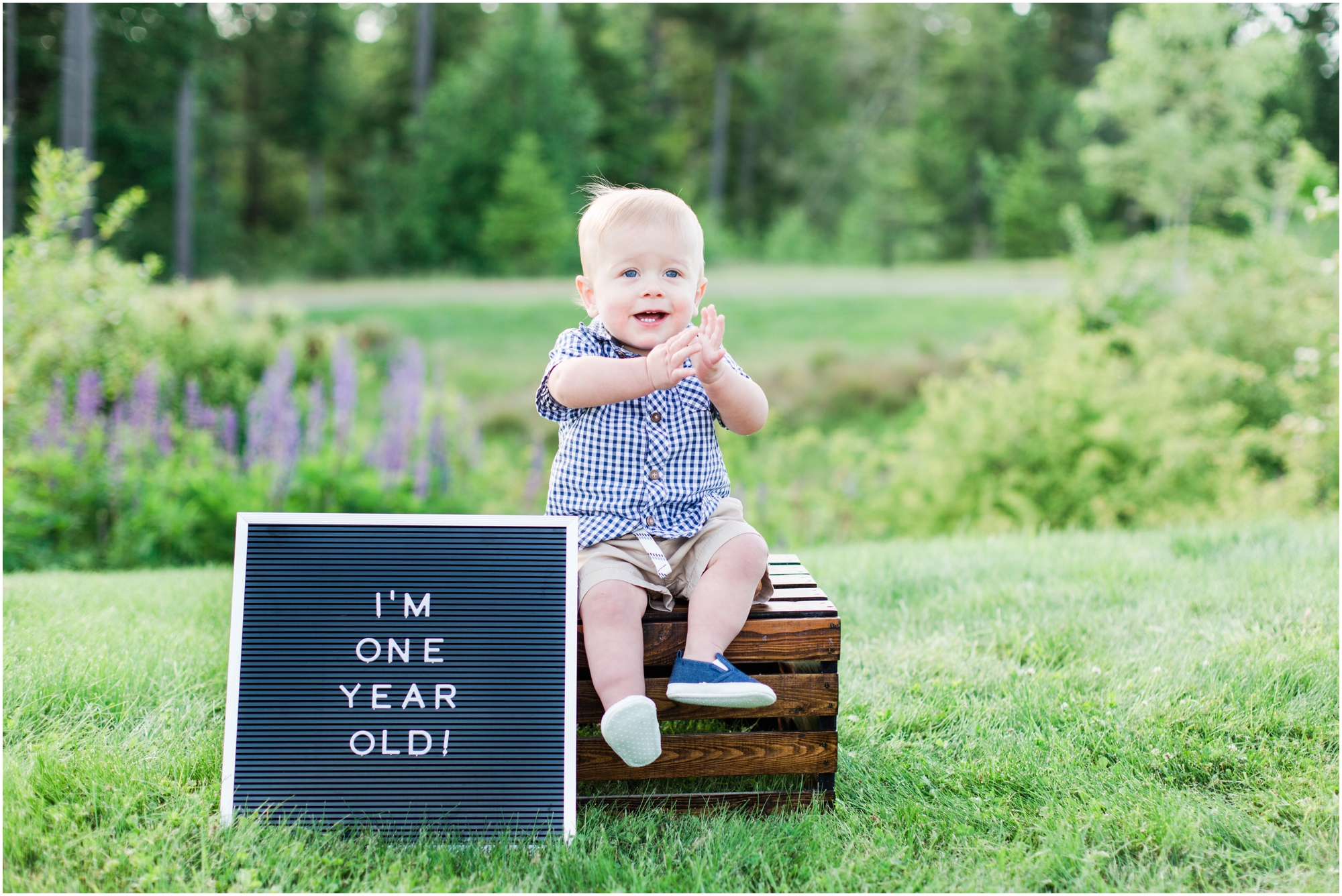 Family and one year old portraits by briana calderon photography based in the greater seattle