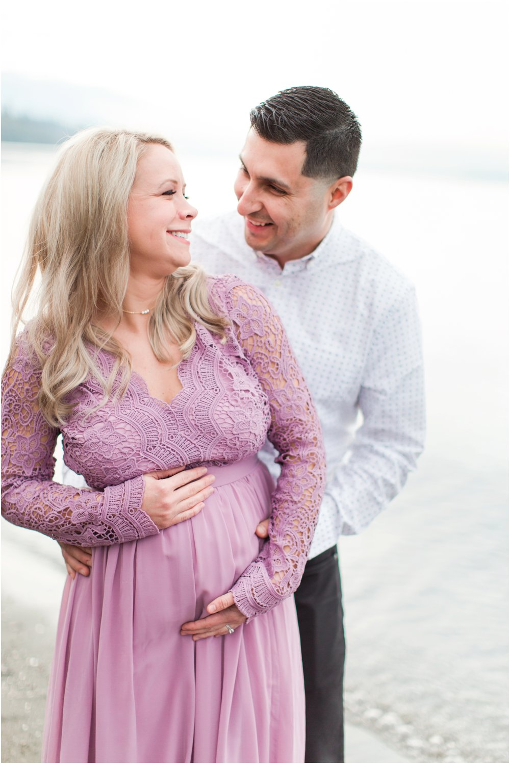 Maternity photos by Briana Calderon Photography based in the Greater Seattle & Tacoma, WA_0988.jpg