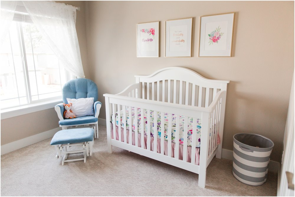 Lifestyle newborn photos by Briana Calderon Photography based in the Greater Seattle & Tacoma, WA_1071.jpg