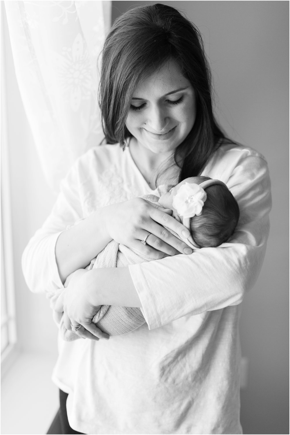Lifestyle newborn photos by Briana Calderon Photography based in the Greater Seattle & Tacoma, WA_1077.jpg