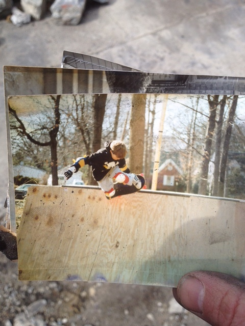 John Lacy:     Here is an old classic from him on my text that I still keep...it was one of only a dozen left after his apartment fire....he was a good little ripper...   P.S. That's his thumb.  So funny how into it he was...