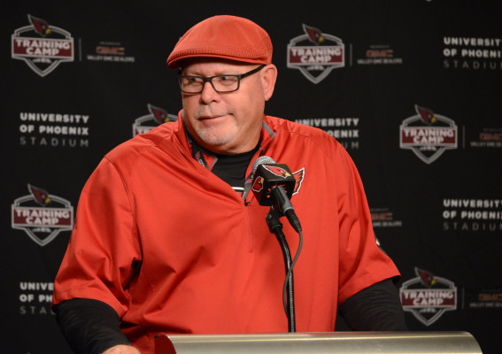 bruce-arians-training-camp-4-e1438721336342.jpg