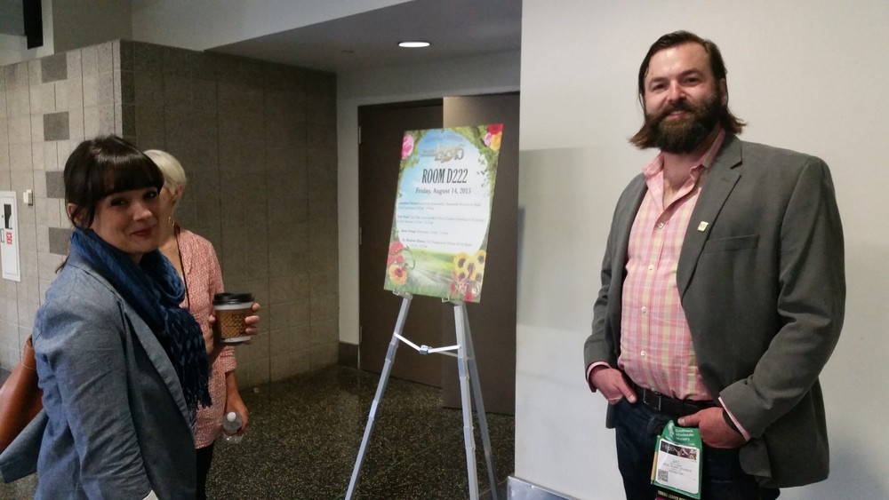 LPS cofounder Zac Tolbert (right) with Leslie Halleck of Halleck Horticultural prior to their panel discussion on which technologies offer industry businesses the highest return on investment.