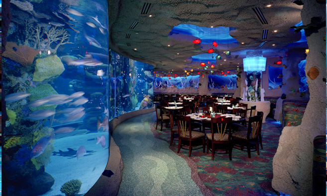 The dining space at Downtown Aquarium-Houston.