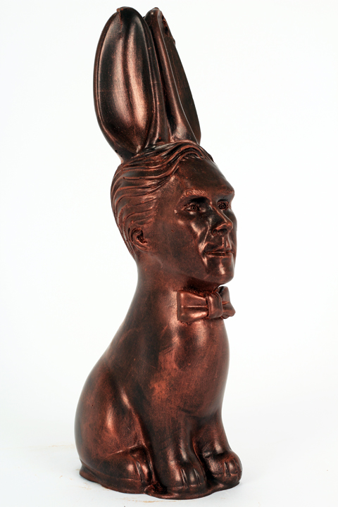 Dark chocolate Cumberbunny with Bronze lustre dust