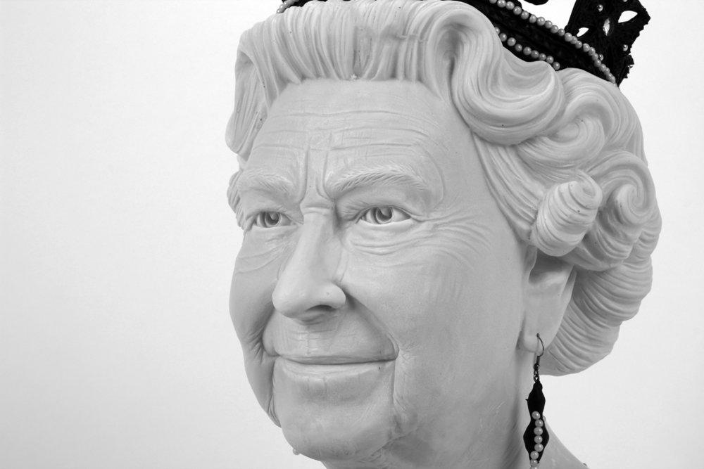 queen2 2.jpg
