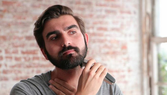 claudio_beard_trimming_700x400.png