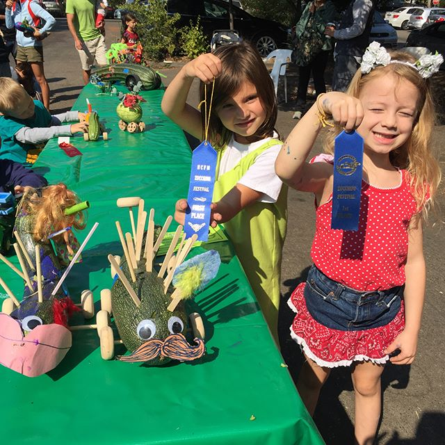 A successful morning at the Zucchini Races in #healdsburg!  Two first place finishes!  Proud of the girls and Jacob. Haha. Next year = me + open division. #retired4Her #wisconsinskills @kellyferris13 @elizabethmgore