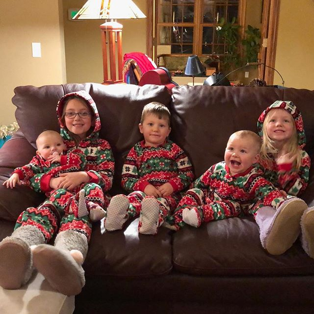 Holidays with cousins, Wisconsin style 💞💞🥰