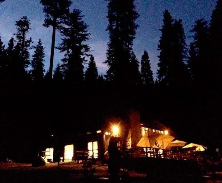 Blue-Lodge-Night.jpg
