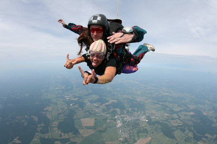 Our dear friend (and one of my past brides!), Carrie, on her dive at Skydive Orange!