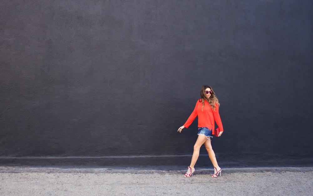 mel-ronnie-shades-of-red-2.jpg