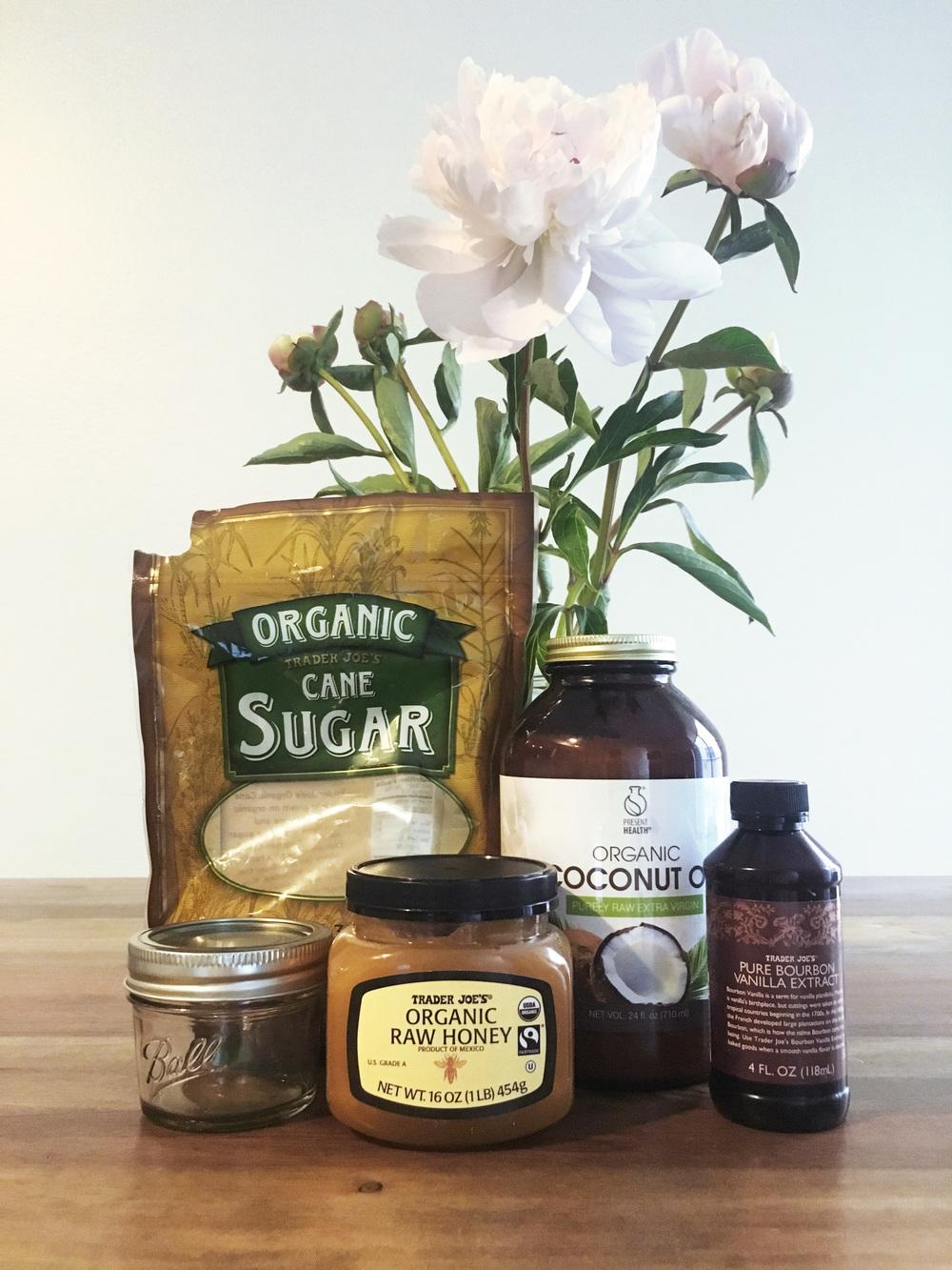 Mel-Ronnie-Natural-Organic-Sugar-Lip-Scrub