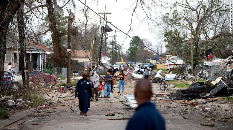 170207164635-08-tornado-nola-0207-exlarge-169.jpg