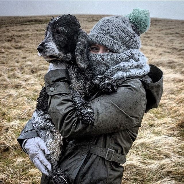 @megpeet likes to bundle up when she visits the countryside #coldweather #coldoutside 📷 @jestout