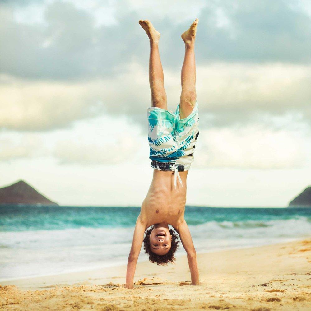 Jagger_Handstand_Sherwoods.jpg