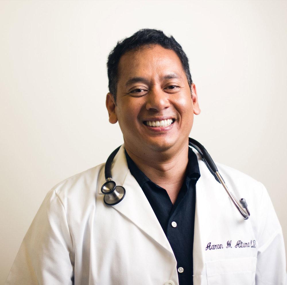 Doctor_Smiling_Maui.jpg