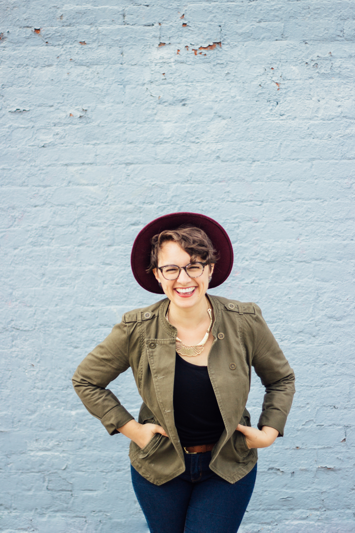 Hey! I'm Emily Lewin, Founder of the Bright Ideas Collective