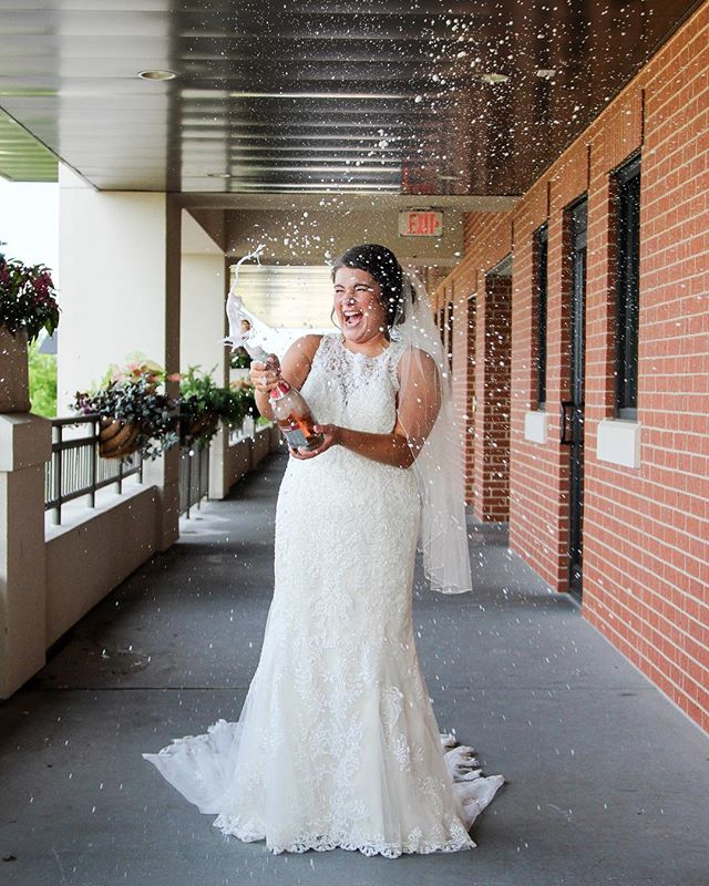Did someone say champagne? 🍾 • • How FUN is this?! We had a blast doing this shoot, so glad @illuminatephotography417 was able to capture this perfect moment! 😍 Venue: Old Towne Event Center Photographer: Illuminate Photography  Model: Kelsey Prewitt