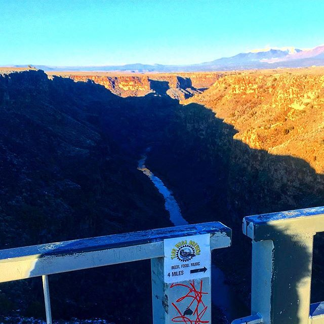 Finally made it to town! See you soon @taosmesabrewing! Show starts at 8pm! #music #livemusic #taosmesabrewing #taosnewmexico #southweststyle