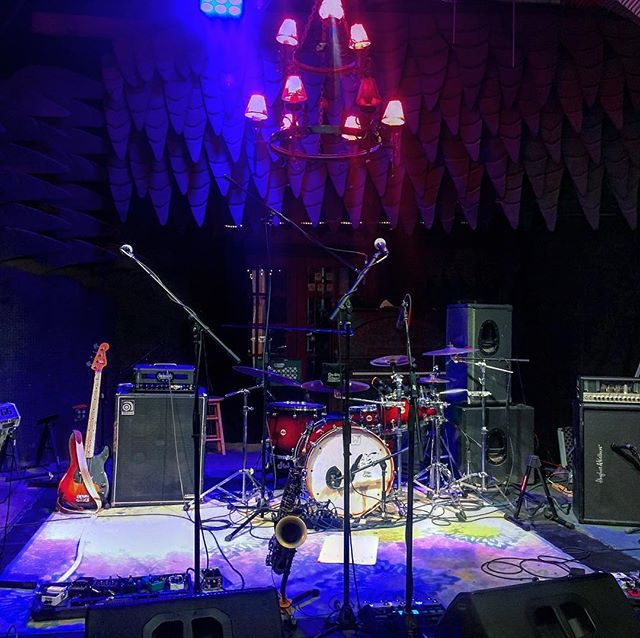 A look at the office this past Saturday night! Had a blast @taosmesabrewing see you again soon! #taosmesabrewing #taosnewmexico #livemusic #stage
