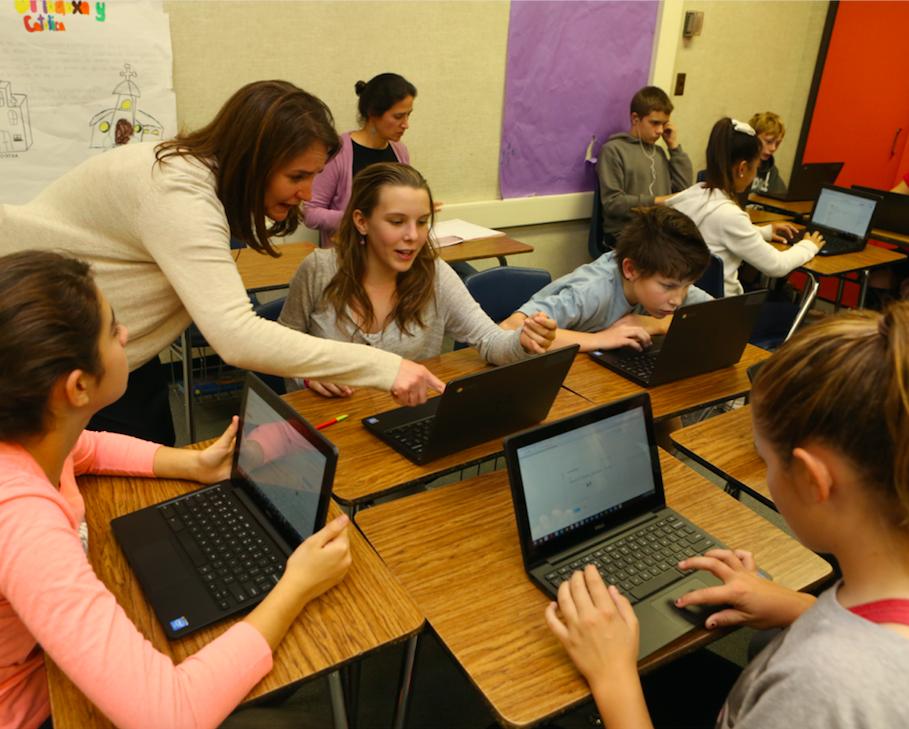 Teacher + students laptops.png