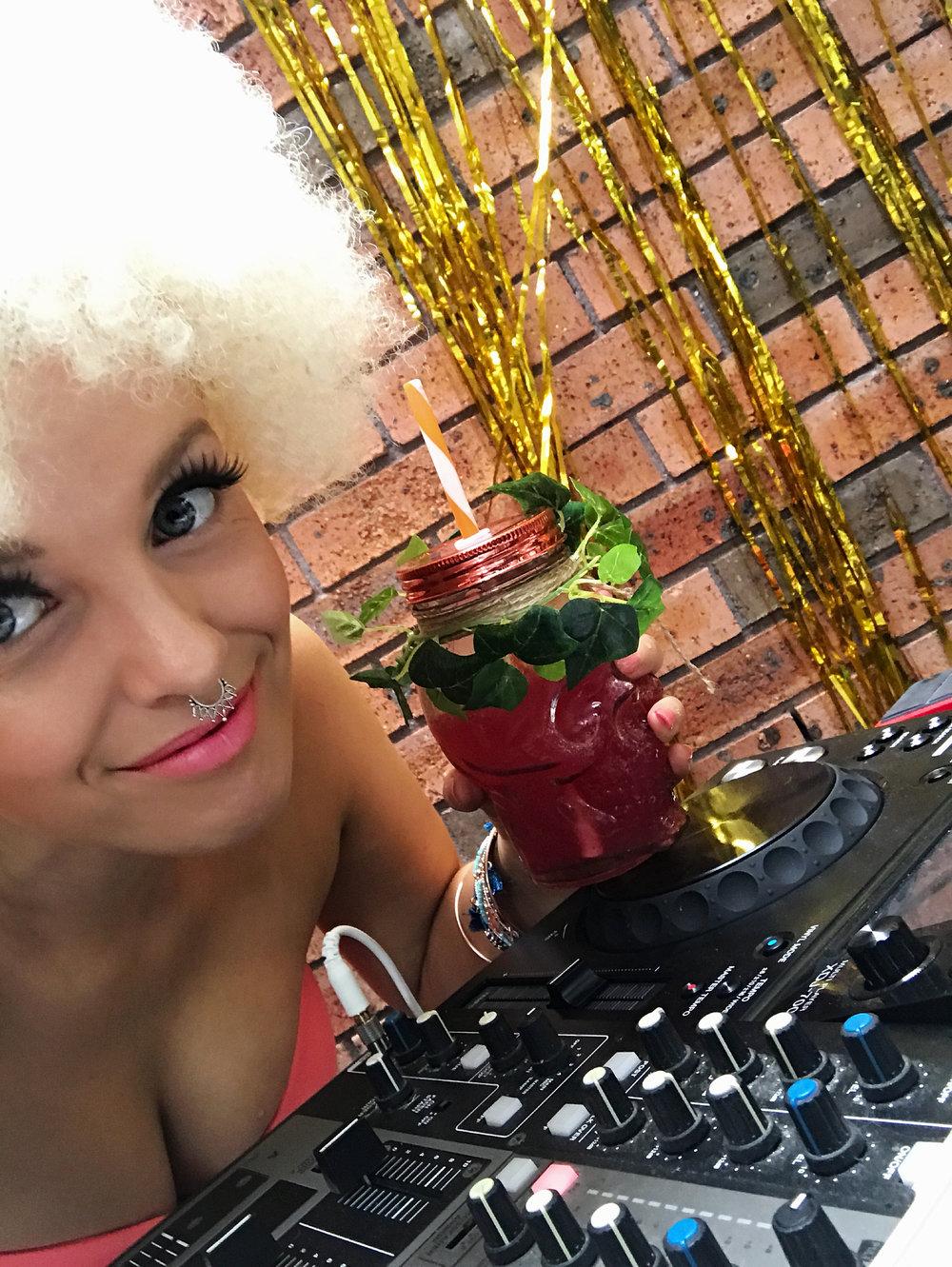 NYE DJ.jpg