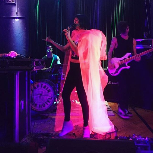 💗🎧 I had sooooooo much fun performing with @jeremygoldfinch and @camburydrums last week! 😝 Can't wait to share some video footage and the whole album with you shortly! 🎧💗 Thank you to @surveillanceparty @minferno @annaisparis @noilluminatiband for a stellar night of #wonderwomen 👊🏻
