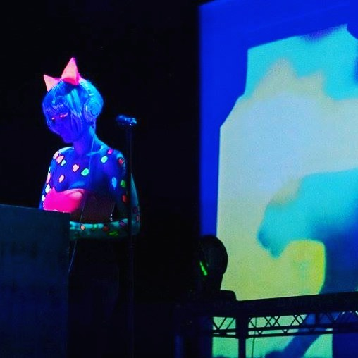 💗🎧💙 One of the many times I've spent as #raverkitty 🐯Wearing cat ears has always been a significator of my 'rave uniform' - it was so much fun bringing that element of my inspired younger self to @bflf_sydney last month! I'm not sure who had more fun, them or I!💗🎧💙