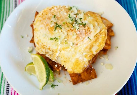 You deserve #chilaquiles today.