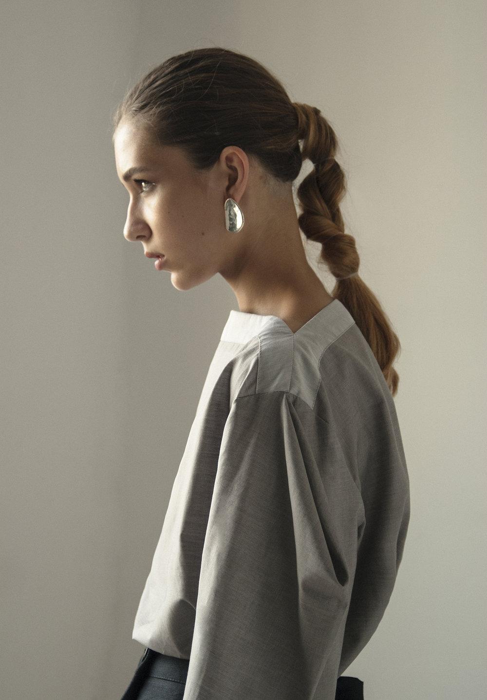 km-by-lange-cotton-gray-pyramid-blouse9.jpg