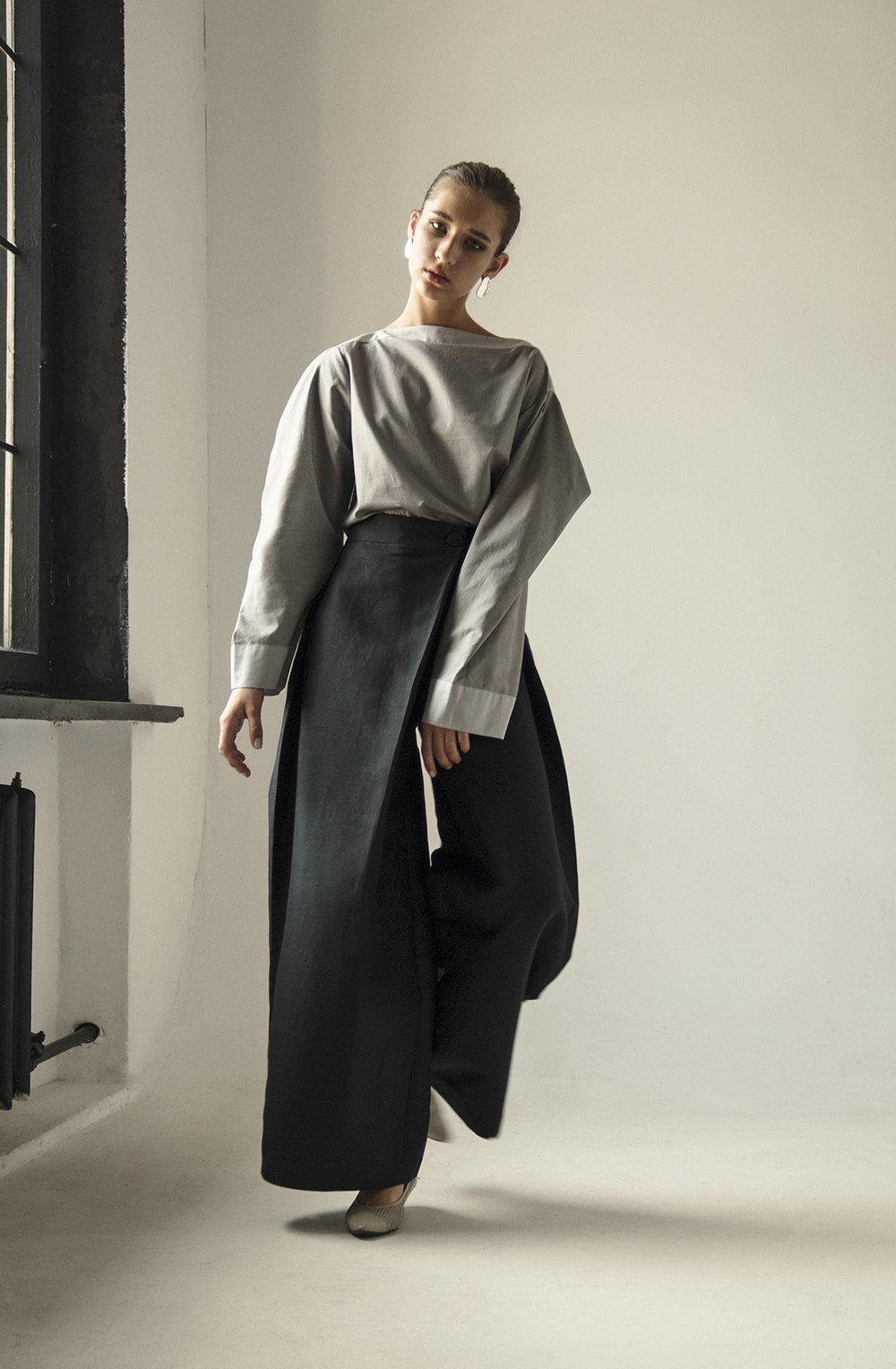 km-by-lange-cotton-gray-pyramid-blouse8.jpg
