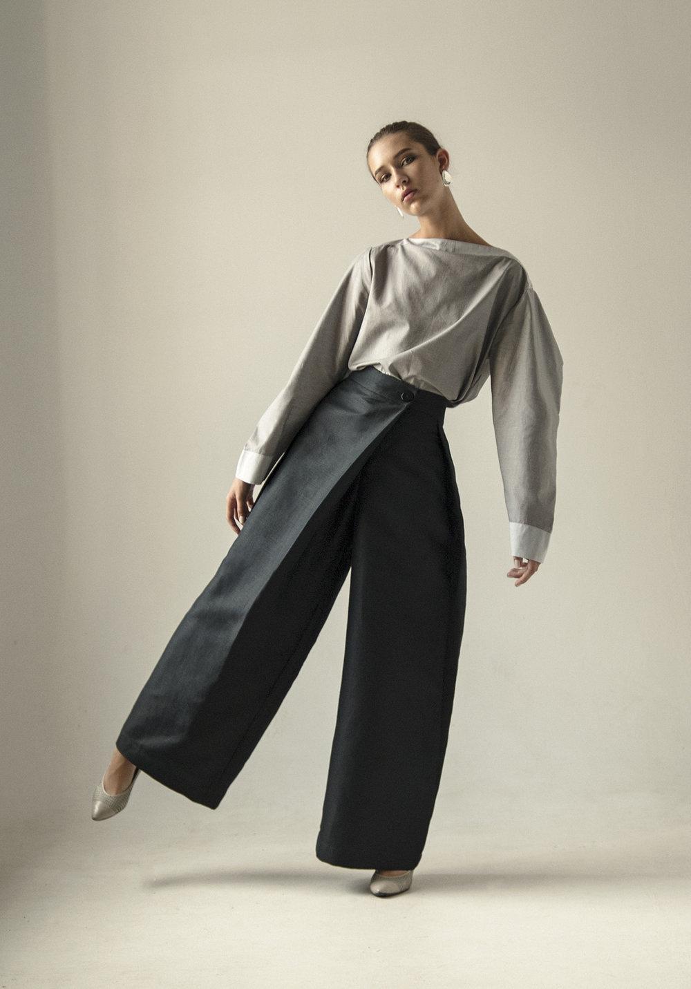 km-by-lange-cotton-gray-pyramid-blouse7.jpg