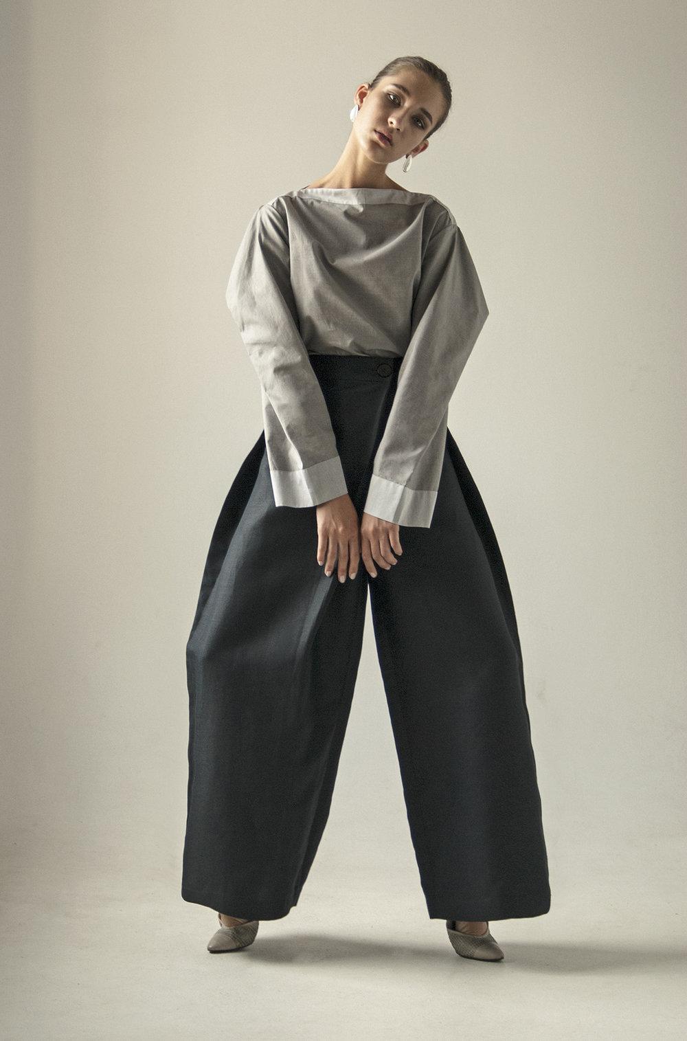 km-by-lange-cotton-gray-pyramid-blouse3.jpg