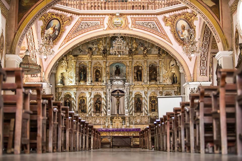 Betis Church in Gua Gua, Pampanga is filled Trompe L'Oeil art.