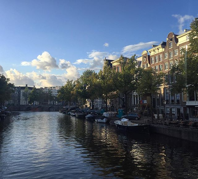 #amsterdam #travel #igersnetherlands #holland #instatravel #cntravel #instaamsterdam #canalwalk #walkinginamsterdam #travelerinamsterdam