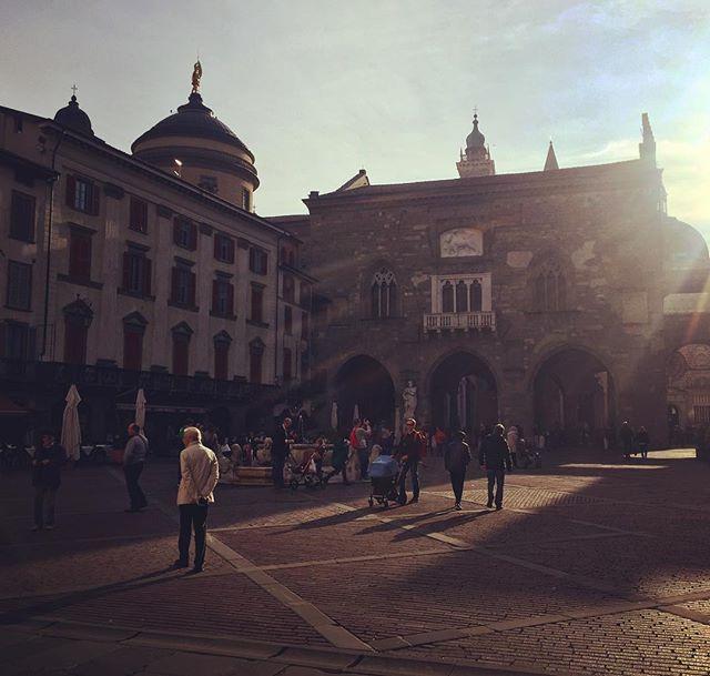 Passeggiata in Città Alta #Bergamo #cittaalta #lombardy #northernitaly #passeggiata #travelphotography #wellfoundtravel #instatravel #igersitalia #daytrip #milanlife #instabergamo