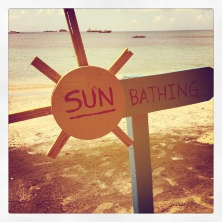 sun-bathing-sign.jpg