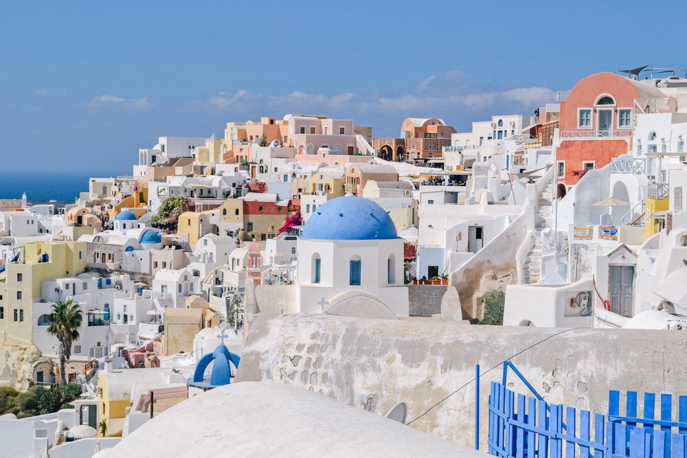 3 DAY SANTORINI ITINERARY - We spent three full days in Santorini and it was the perfect amount of time to see everything if you are planning on stopping at one or two more islands on your trip. If you want to really see Santorini you could easily stay here for a full week...