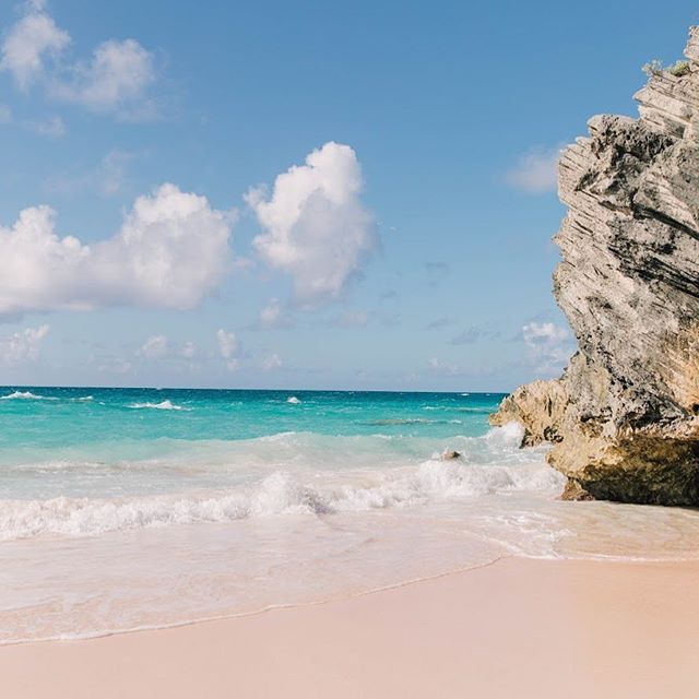 Final thoughts on Bermuda... 👌🏼👌🏼 • • • • • #wearetravelgirls #sheisnotlost #darlingescapes #ladiesgoneglobal #dametraveler #globelletravels #girlslovetravel #sidewalkerdaily #femmetravel #thetravelwomen #girlsborntotravel #girlsmeetglobe #girlsvsglobe #travellushes #lifewelltravelled #letsgoeverywhere #girlswhotravel #sheexplores #abmtravelbug #traveldeeper #myfavtourlina #radgirlslife #explorerbabes #timeoutsociety #followmytravel #bermuda #travelgirl #athomeintheworld #openmyworld #mytinyatlas