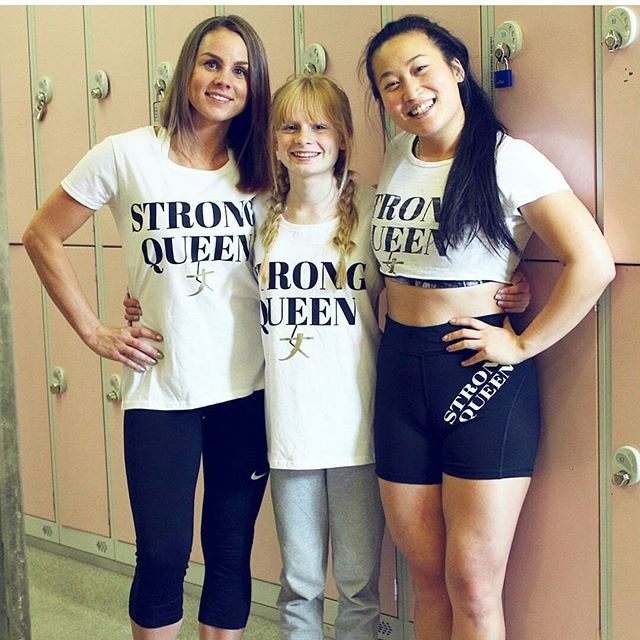 #VeganSTRONGsisters!!! 💚💪👑 . The most amazing family @familyfizz have two beautiful daughters, Mia 13 & Sienna 4, and Mum Georgie does the greatest job inspiring them to be beautiful, kind and smart young women!!! 💜💜💜 Beautiful minds & souls!!! 👭👭👭 . What does it mean to you to be a #STRONGsister? 😄😄😄 . Hope everyone's having a STRONG AND POWERFUL DAY!!! 💪💪💪💥💥💥💜💜💜 #STRONGgirltakeover #familyfizz