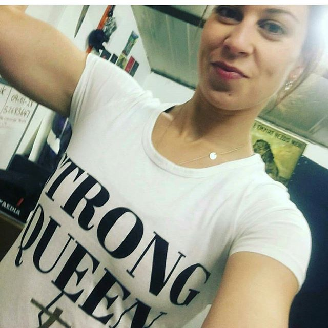 Professional #STRONGwoman!!! 💪💪💪 @mayyah84 runs the most awesome Strong Woman classes in South East London that are super fun, super friendly and super strong! 💜💜💜 . What does it mean to you to be a #STRONGsister? ✨✨✨ . Hope everyone's having a STRONG AND POWERFUL DAY!!! 💪💪💪💥💥💥💜💜💜 #stronggirltakeover