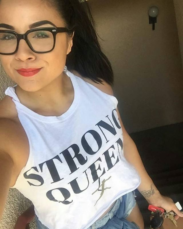 👑👑👑 LOOK AT OUR #STRONGSISTER @HAPARICAN repping out in California!!! 😍😍😍 . Customized and everything!!! 💪💪💪 . Hope everyone's having a STRONG AND POWERFUL DAY!!! 💪💪💪💥💥💥💜💜💜 #STRONGgirltakeover @stronggirltakeover
