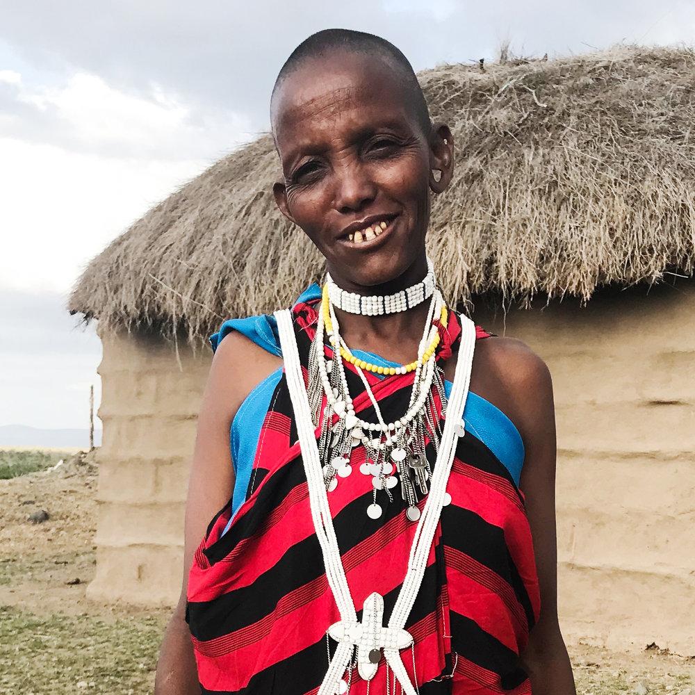 Salomé / Lekirumuni Village   Iture bracelet
