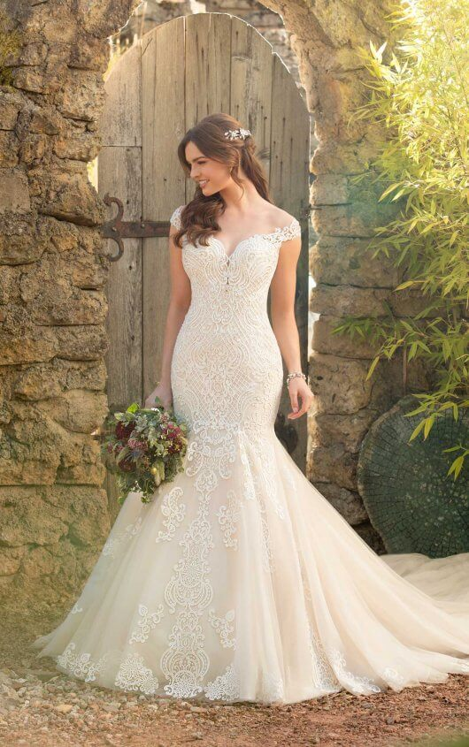 Essence of Australia Wedding Gown
